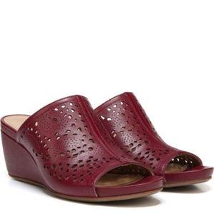 NATURALIZER Lush Red Charlotte Wedge Sandals 9.5M